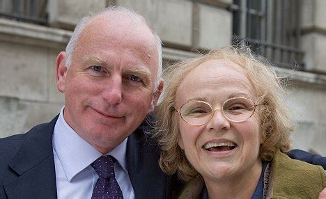 actor gary lewis wife why julie walters nearly said no to being mo mowlam in