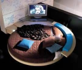 bed spins histoire do be remote control bed from mobelform