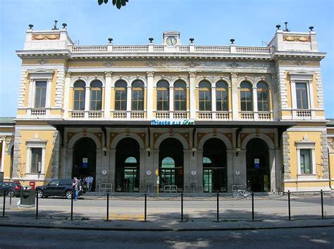 La Di Trieste by Stazione Di Trieste Centrale