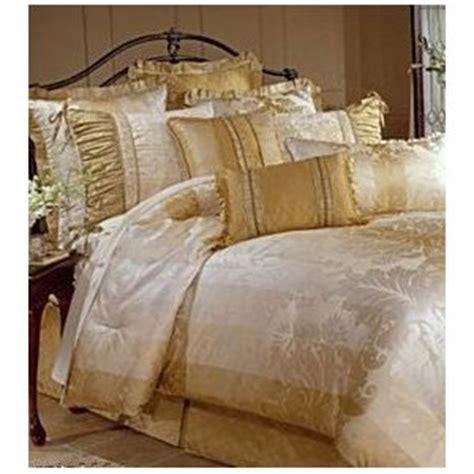 amazon bedding sets amazon com veratex ardmore queen comforter set