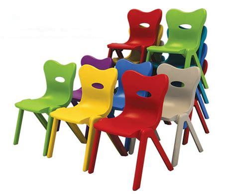 table et chaise jardin enfant enfants table de jardin d enfants en plastique et une