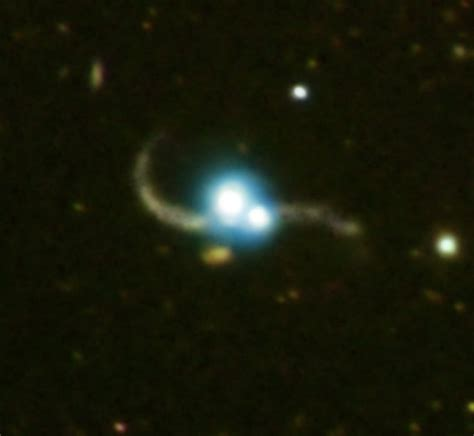 Ton 618 Nasa nasa quasar pair captured in galaxy collision