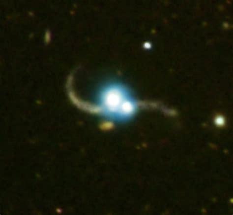Ton 618 Nasa nasa quasar pair captured in galaxy collision