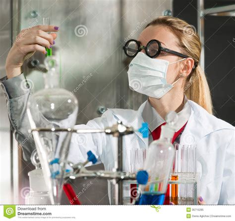 chemist images reverse search