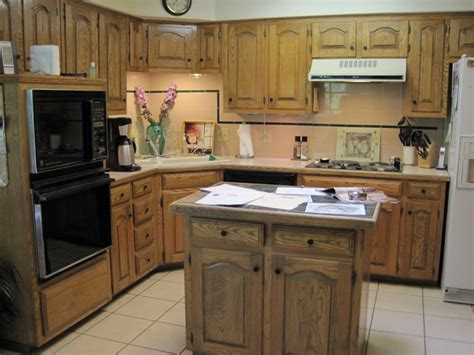 best small kitchen design with island for