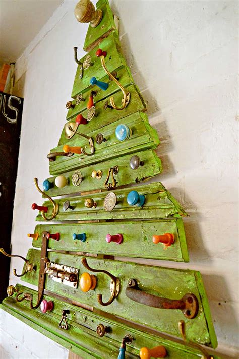 building a xmas tree box diy salvaged junk projects 401funky junk interiors