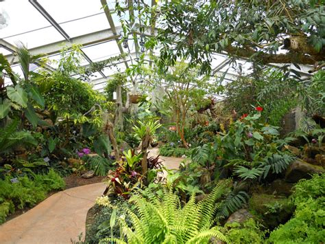 los angeles county arboretum and botanic garden is a