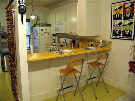 Small Kitchen Bar Ideas by Small Kitchen With Bar Design Ideas