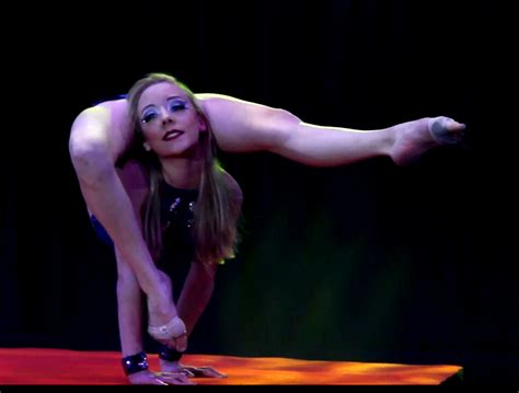 extreme contortion act 11218897 451815194984994 3638188239733588359 n jpg 960 215 950