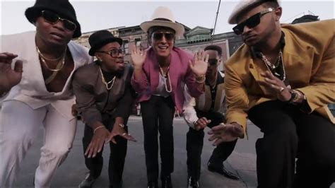 download mp3 bruno mars ft mark ronson mark ronson ft bruno mars uptown funk official 2o14