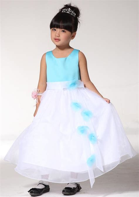 selling pretty girls dresses sleeveless floral white