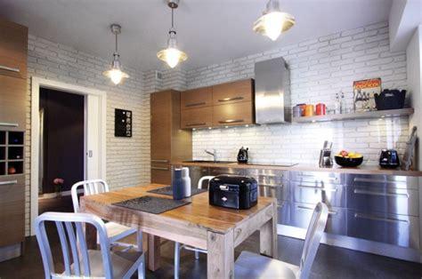 home inside design warszawa un appartement au look industriel d 233 co et 233 clairage