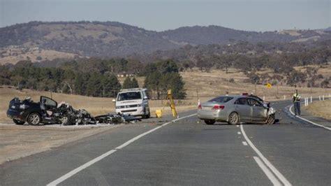 canberra car crash crash on monaro highway injures two children traps
