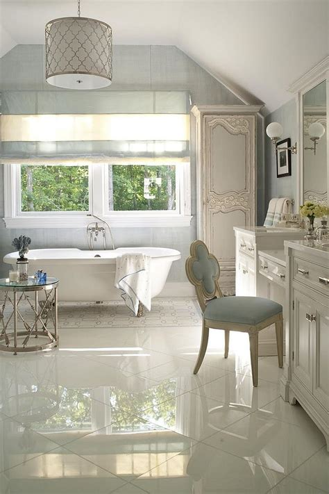 Bathtub Side Table by Luxury 30 Bathrooms That Delight With A Side Table