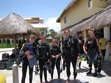 dive centers scuba diving in playa with dressel divers