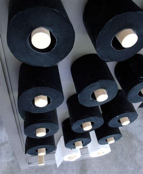idee papier peint toilette papiers peints originaux pour toilettes ciabiz