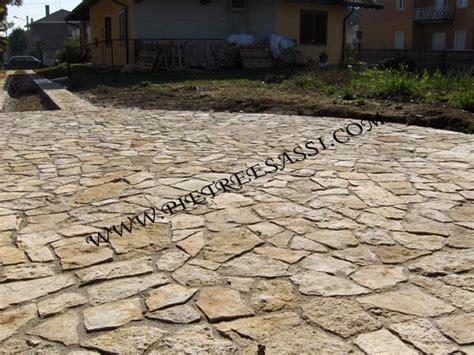 pavimentazioni da giardino pavimento giardino pietreesassi