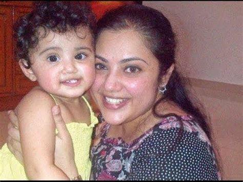 heroine trisha husband photos actress meena with her husband and daughter nainika