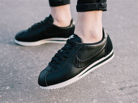 nike sneaker boots s shoes sneakers nike classic cortez leather premium