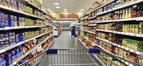 calorie degli alimenti per 100 grammi calorie grassi e zuccheri adesso 232 obbligatorio