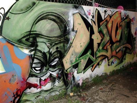 graffiti weed wallpaper mushroom weed graffiti by mr by mryg13 on deviantart