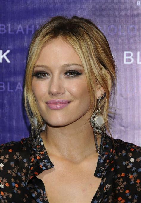 Lindsay And Hilary Make Up by Hilary Duff Makeup Makeup The O