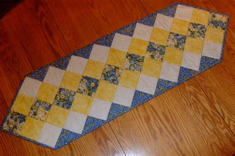 Patchwork Table Runners Free Patterns - table runner new 132 free quilted table runner patterns