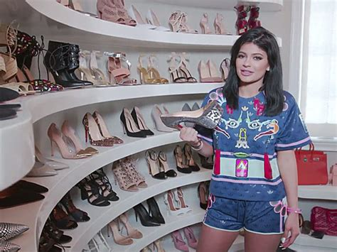 Jenner Shoe Closet by Jenner Opens Up Closets Yes Plural