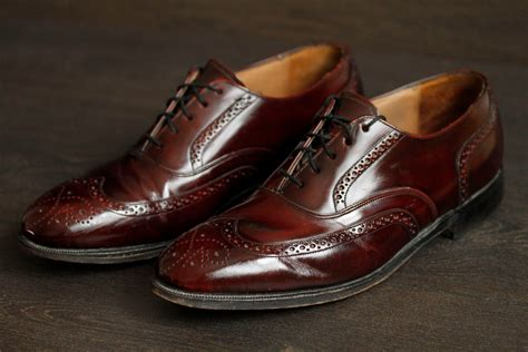 oxblood wing tip mens vintage dress shoes footwear