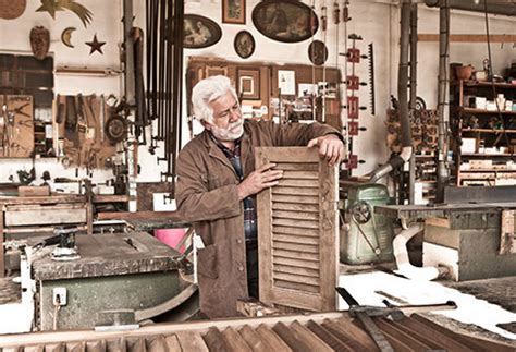 restauro persiane in legno sverniciatura e restauro serramenti in legno e alluminio