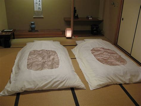 traditional japanese futon mattress futon wikipedia