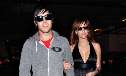 Ashlee Pete Wentz Cozy Up by Ashlee Page 11 The Gossip
