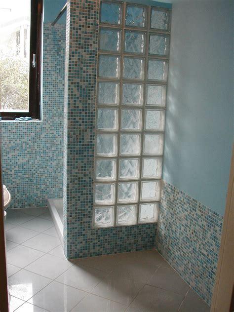 piastrelle finto mosaico per bagno pareti in vetrocemento per bagni ristrutturazione bagno
