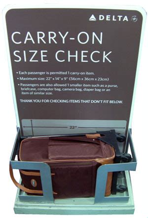 how many carry on bags allowed united carry on bag airline