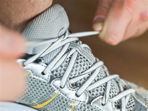when to replace running shoes gear