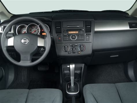 nissan tiida 2007 interior 2007 nissan versa reviews and rating motor trend