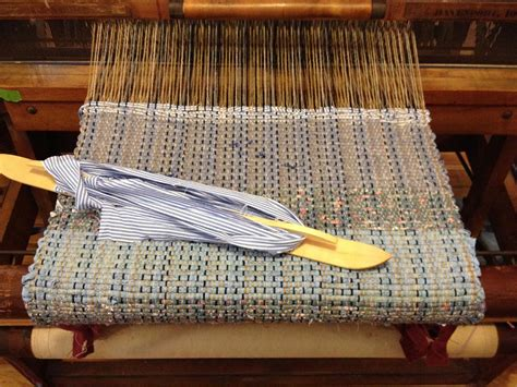 how to weave rag rugs on a loom use rag rug loom and create a modern d 233 cor best decor things