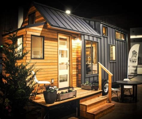 small house on wheels kootenay tiny house on wheels by green leaf tiny homes