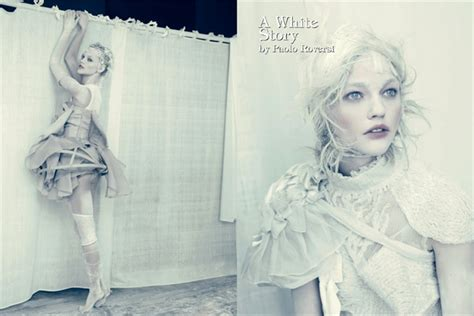 bid in italiano a white story by paolo roversi vogue it