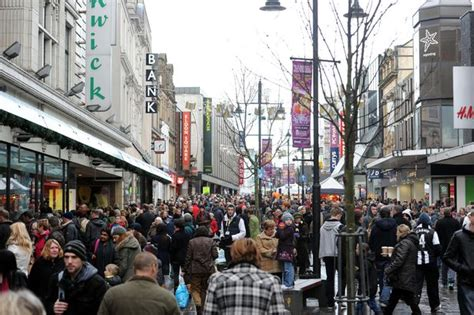 newcastle northumberland street christmas uk shoppers delay buying their winter clothes the journal