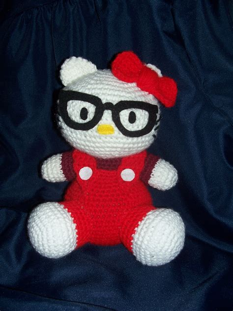 pattern crochet hello kitty free hello kitty crochet pattern je ne sais crochet