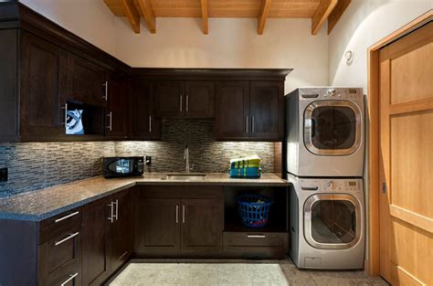 Bathroom Laundry Room Floor Plans by How To Optimize Stacked Washers And Dryers For A Perfect Combo