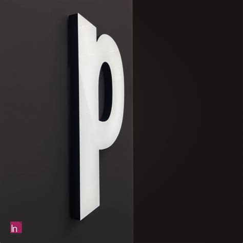 lettere led lettere led luminose in plexiglass con illuminazione