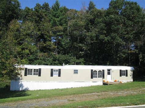 2 bedroom trailers for rent 3 bedroom 2 bath trailer for rent at 2204 old barrett road