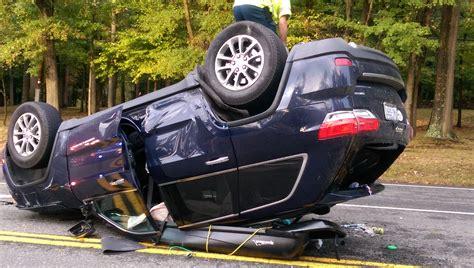 jeep accidents jeep comes through in crash chrisparente