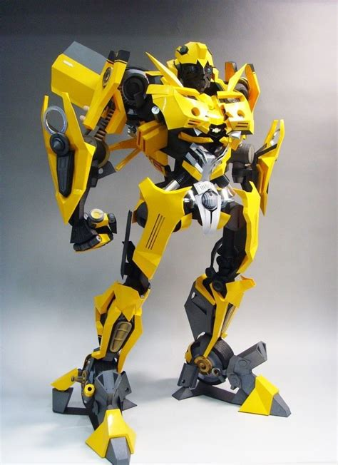 Papercraft Transformers Bumblebee - transformers papercraftsquare free papercraft