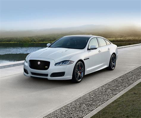 Updated 2017 Jaguar Xj Has Not Lose British Charisma