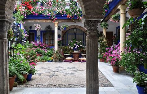 Los Patios Cordoba by 301 Moved Permanently