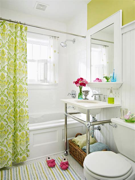 Green And White Bathroom Ideas by Green Beadboard Backsplash Design Ideas