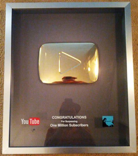 youtube gives new diamond play button to channels with 10 youtube gold play button kevin lieber